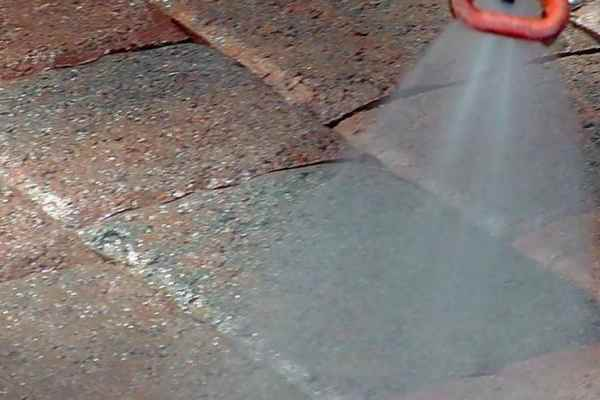 cleaning of paving